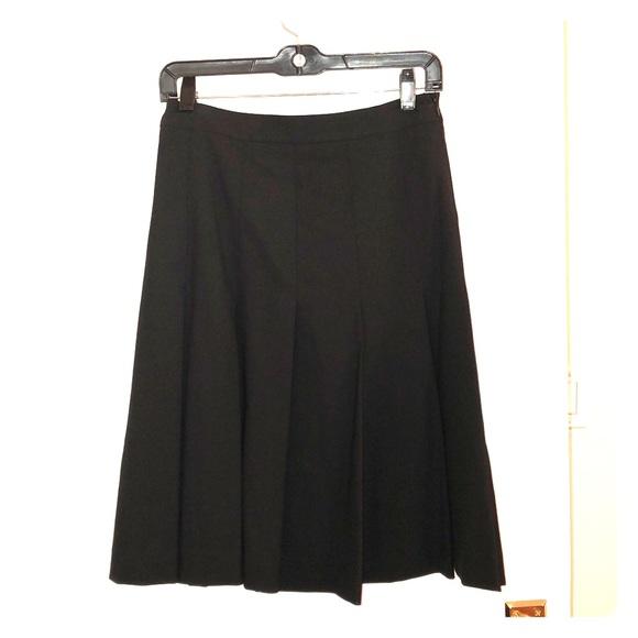 8107e90da Theory Skirts | Pleated Skirt Never Worn | Poshmark
